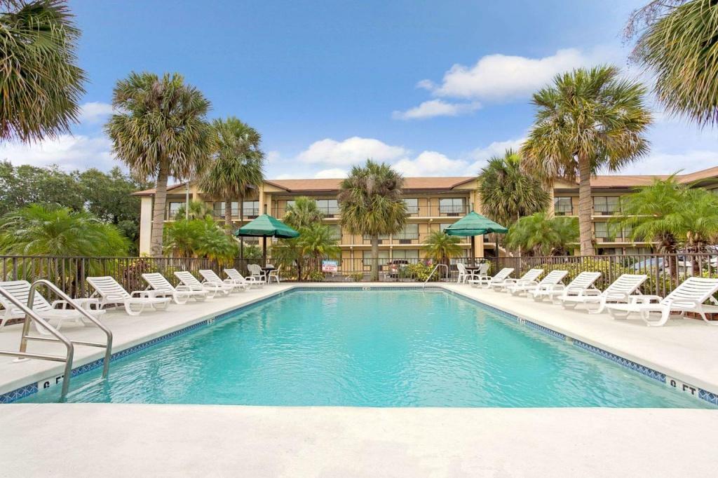 Baymont Inn Kissimmee, Fl - Booking - Map Of Hotels In Kissimmee Florida