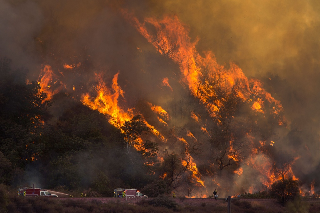 Map Shows Where All Wildfires In California Are Burning | People - California Fire Heat Map