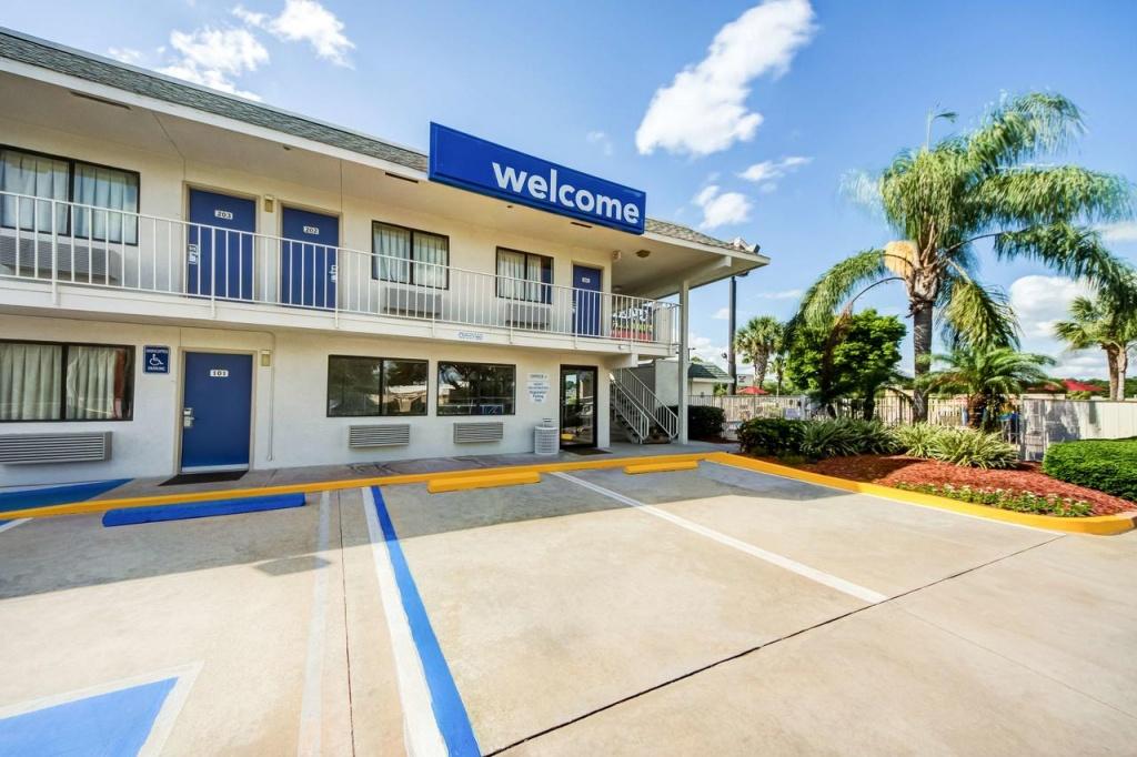 Motel 6 - Lakeland, Fl - Booking - Lakeland Florida Hotels Map