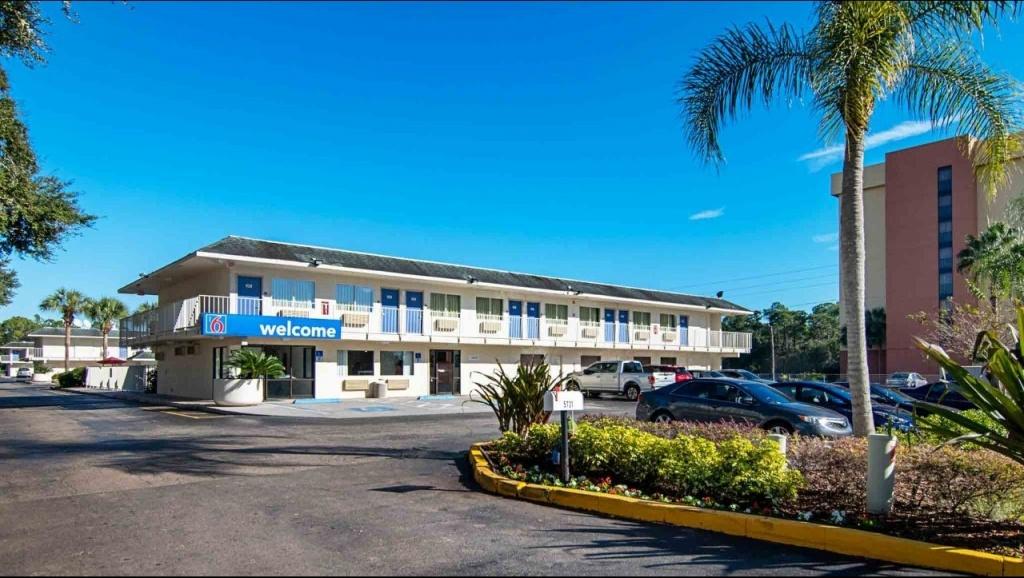 Motel 6 Orlando - Kissimmee Main Gate East Hotel In Kissimmee Fl - Map Of Hotels In Kissimmee Florida