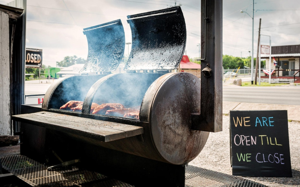 Road Map: The Best Pitmaster Pit Stops In Texas – Texas Monthly - Texas Road Map 2018